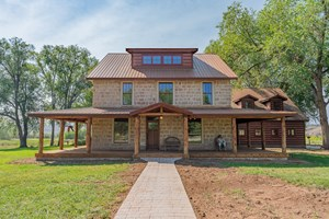 HOTCHKISS COUNTRY HOME WITH PONDS IRRIGATED ACREAGE FOR SALE