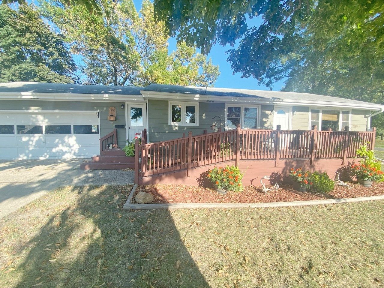 Ranch-Styled Home For Sale One-Level in Mount Ayr Iowa