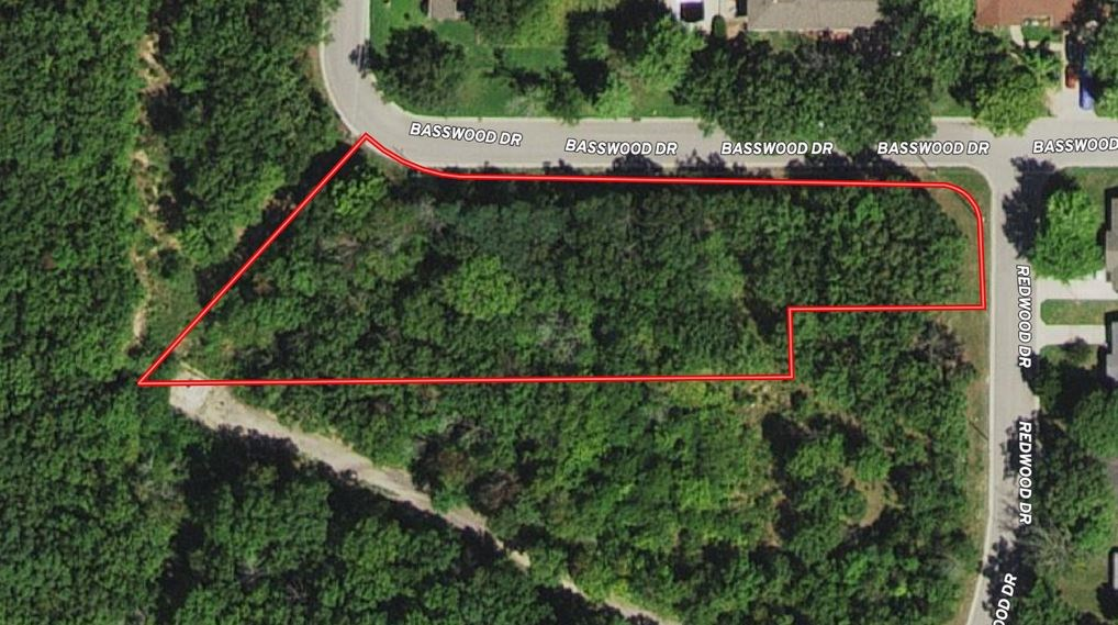 1.21 acres in Platted Subdivision Rolla MO for Sale