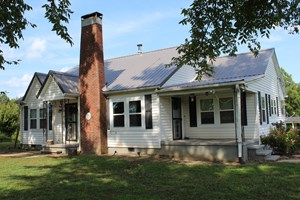 4 BEDROOM COUNTRY HOME FOR SALE IN SOUTHERN TENNESSEE