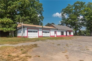 BUSINESS FOR SALE IN PILOT MOUNTAIN NC 27041