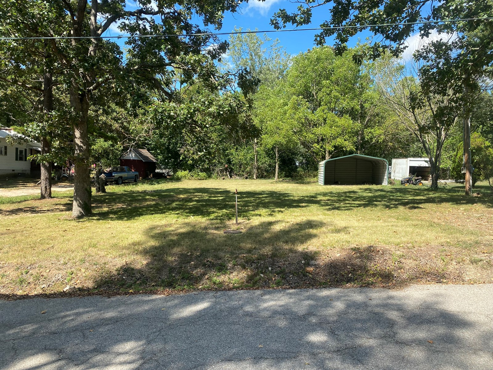 Residential Lot For Sale in South Central Missouri
