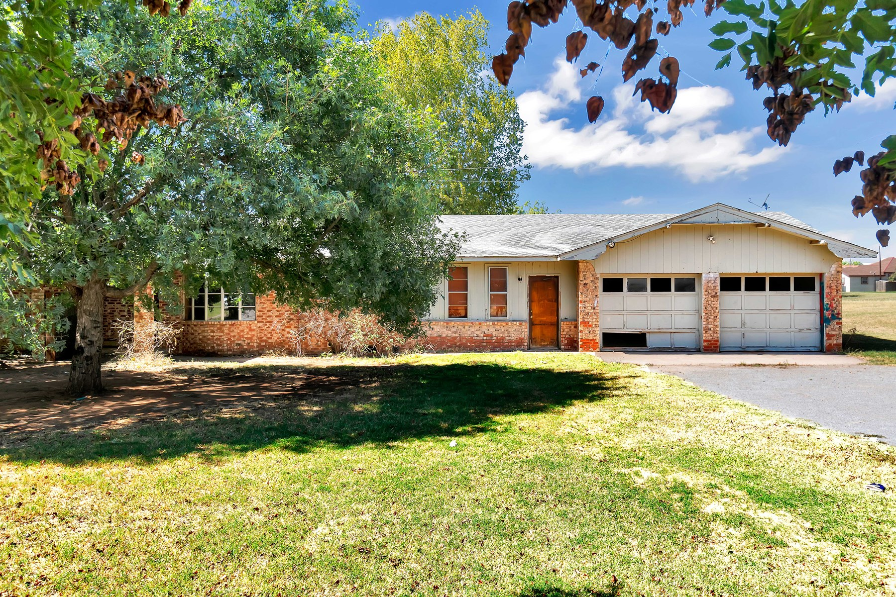 HOME FOR SALE IN CARTER, OKLAHOMA