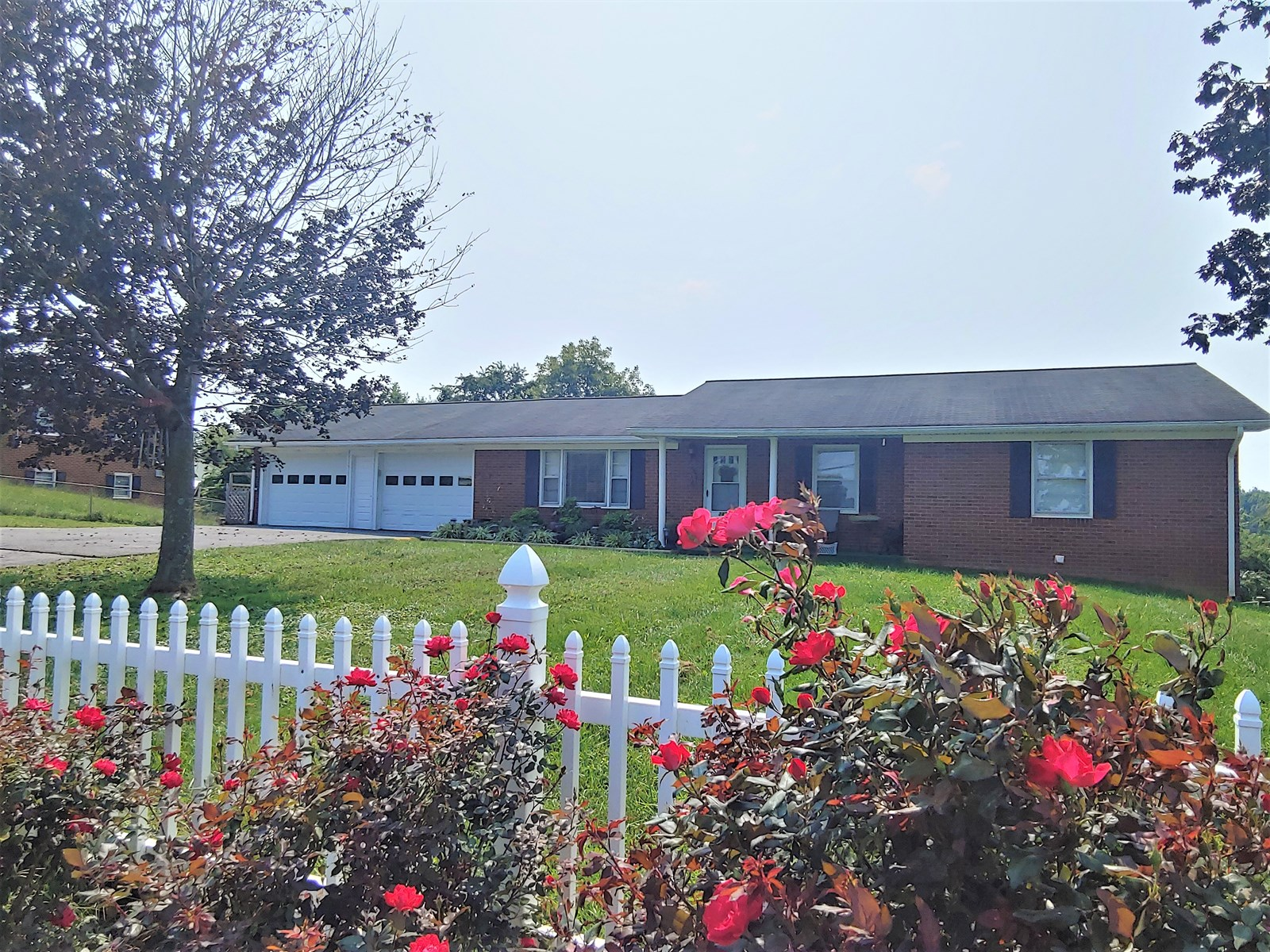 Large Brick Home for Sale in Christiansburg VA!