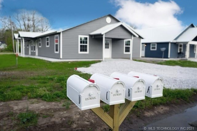 4 Rental Cabins Investment Multi Family Income Producing