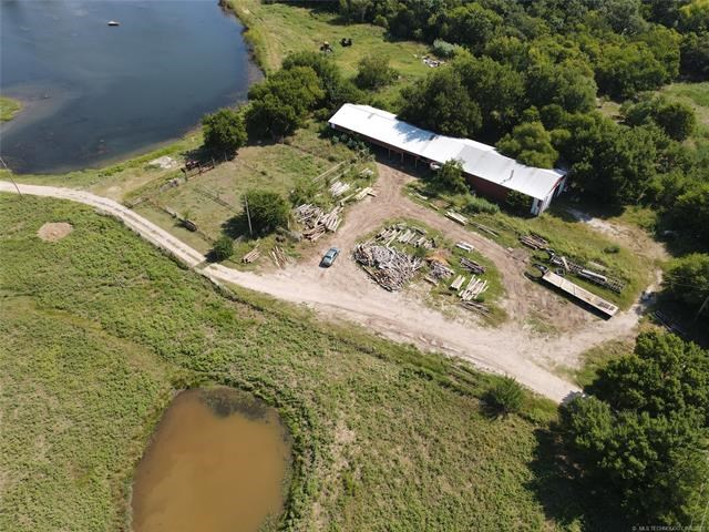 Recreational Mixed Use Warehouse 22 acre Land Southern OK