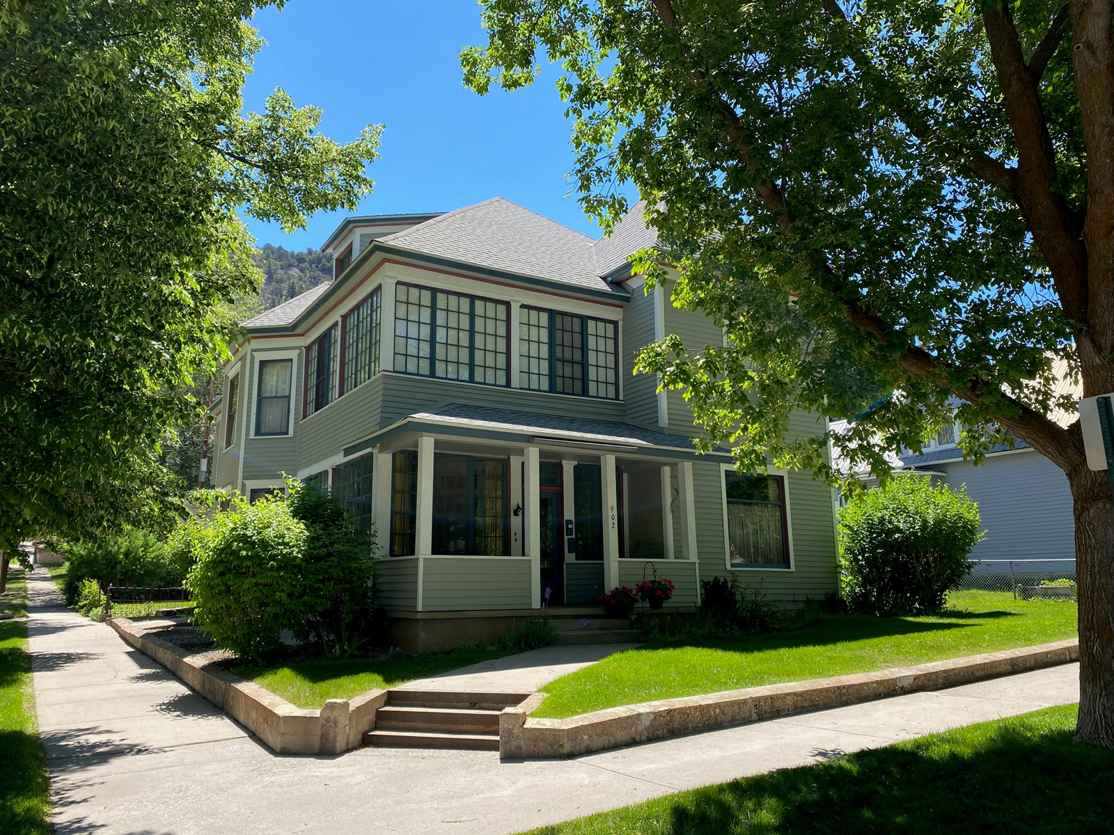 Glenwood Springs income property for sale
