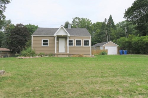 Great Investment Opportunity or First Time Home Buyer!
