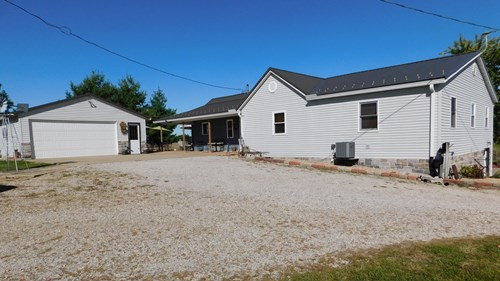 Extremely well maintained 4BR 2BTH country home on 12+ acres