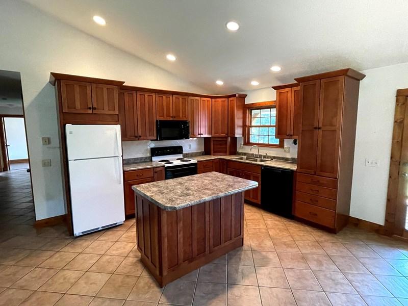 Kitchen - 10258 CO RD 1006 Auxvasse Mo