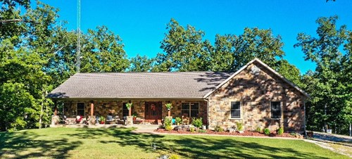 Secluded 5 Bedroom, 2 Bath home on 85 Acres