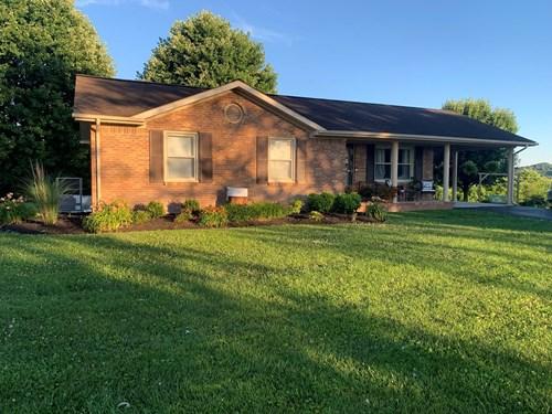 Pending Country Home in Burkesville, Kentucky