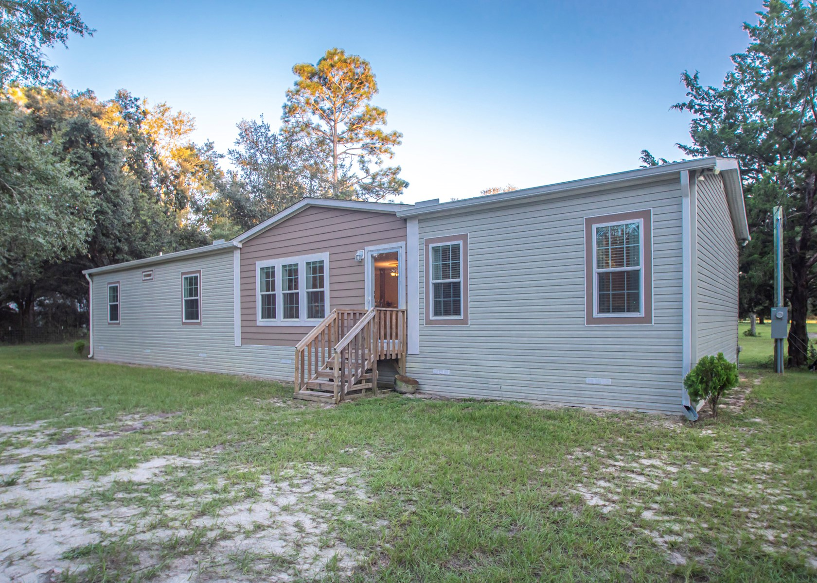 SINGLE FAMILY HOME FOR SALE IN O'BRIEN FLORIDA