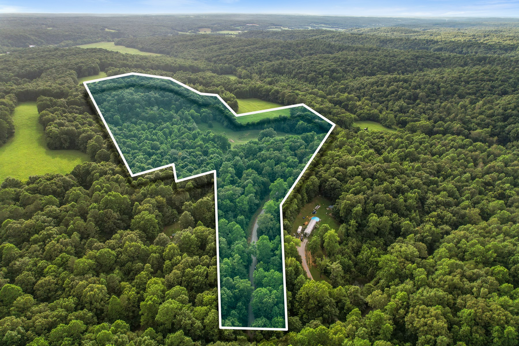 30 Acres with Immaculate Home in Dickson, TN