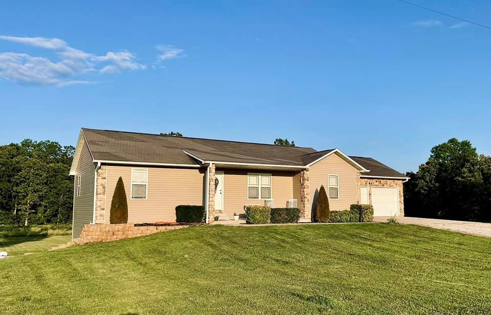 Country Home for Sale in West Plains, MO