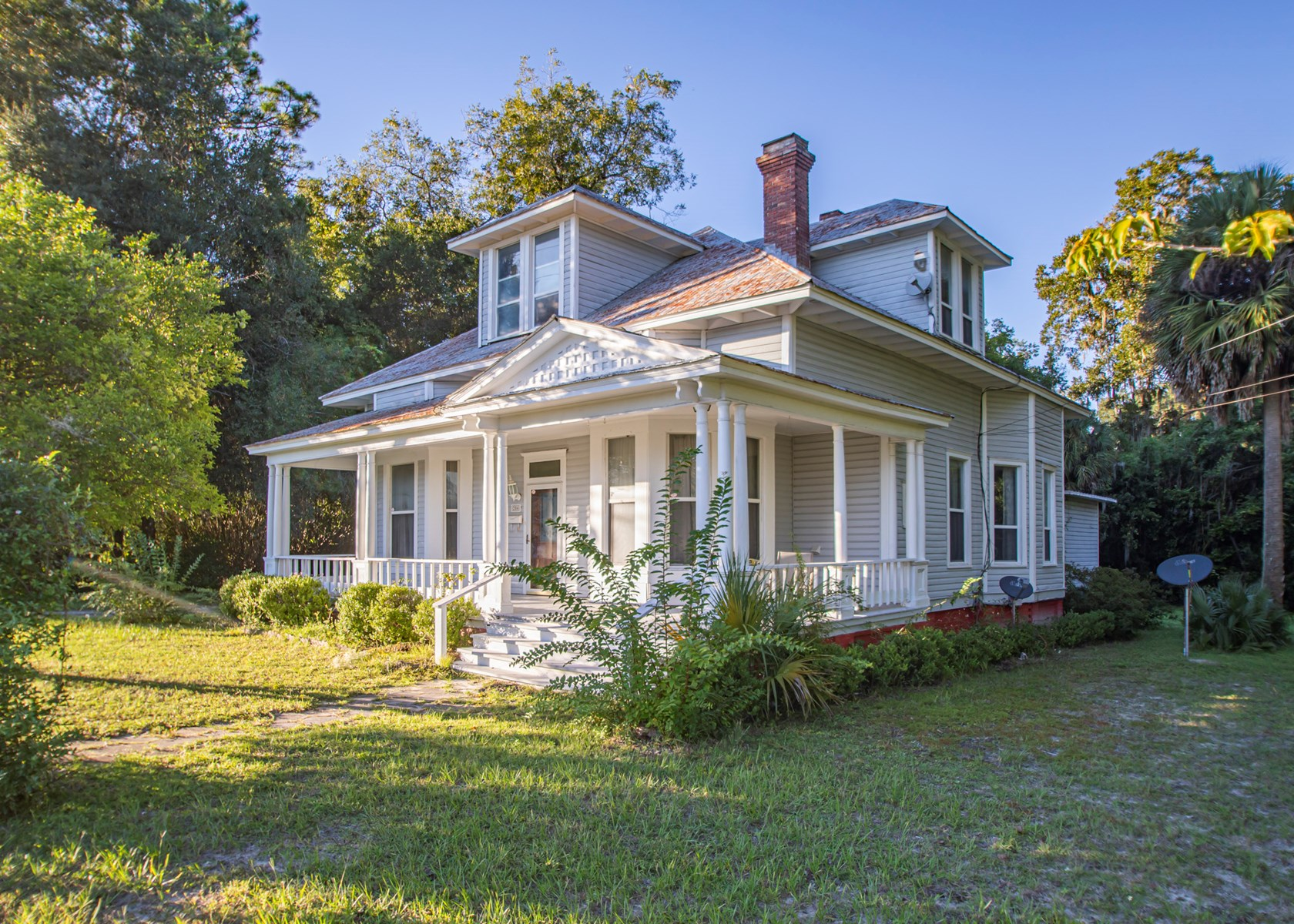 HISTORIC HOME LOCATED IN LIVE OAK, FL FOR SALE