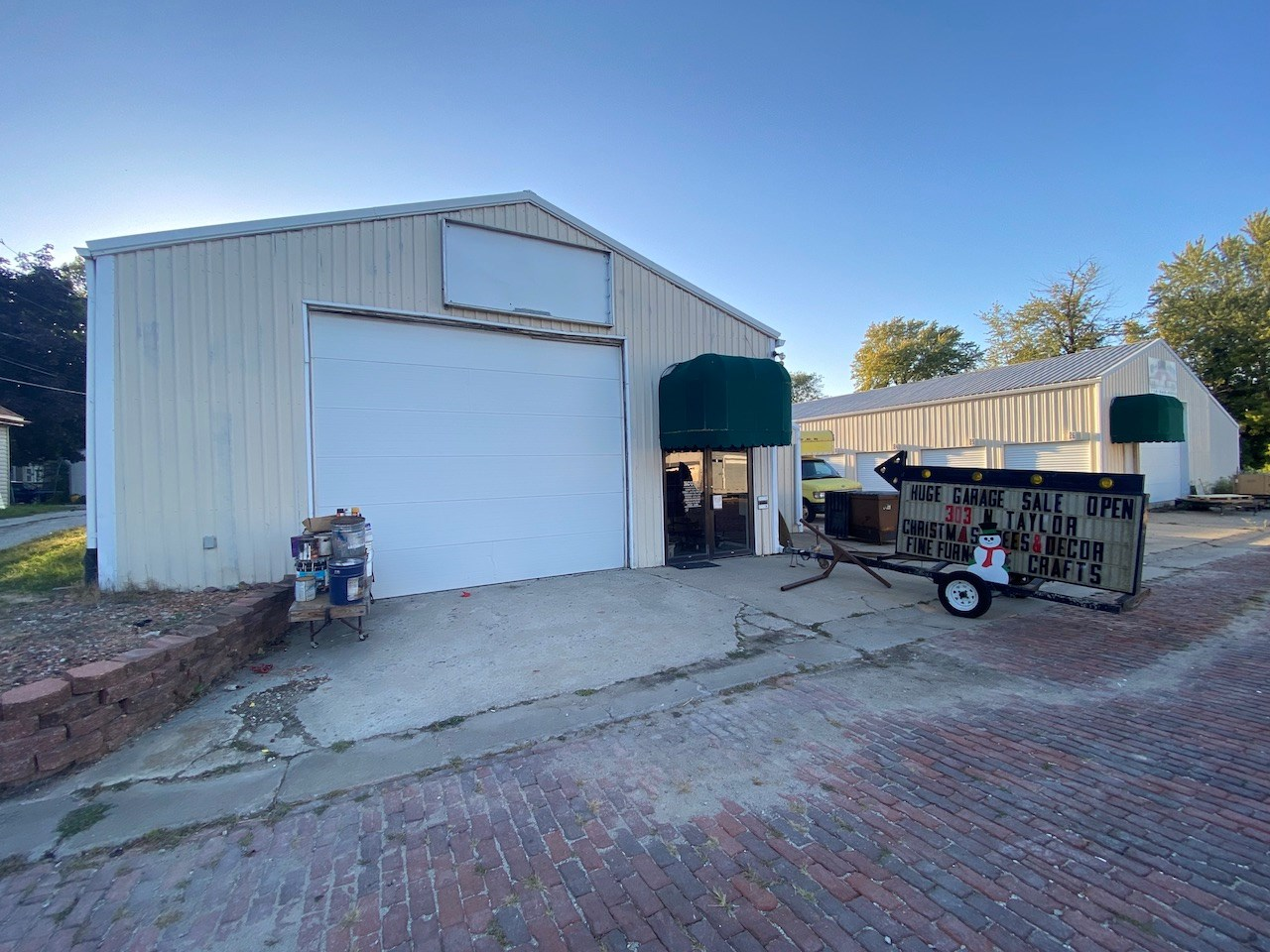 Storage Units and Auction Commercial Building For Sale Iowa