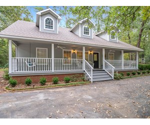 GATED STUNNING HOME HOLLY LAKE RANCH WOOD COUNTY EAST TEXAS