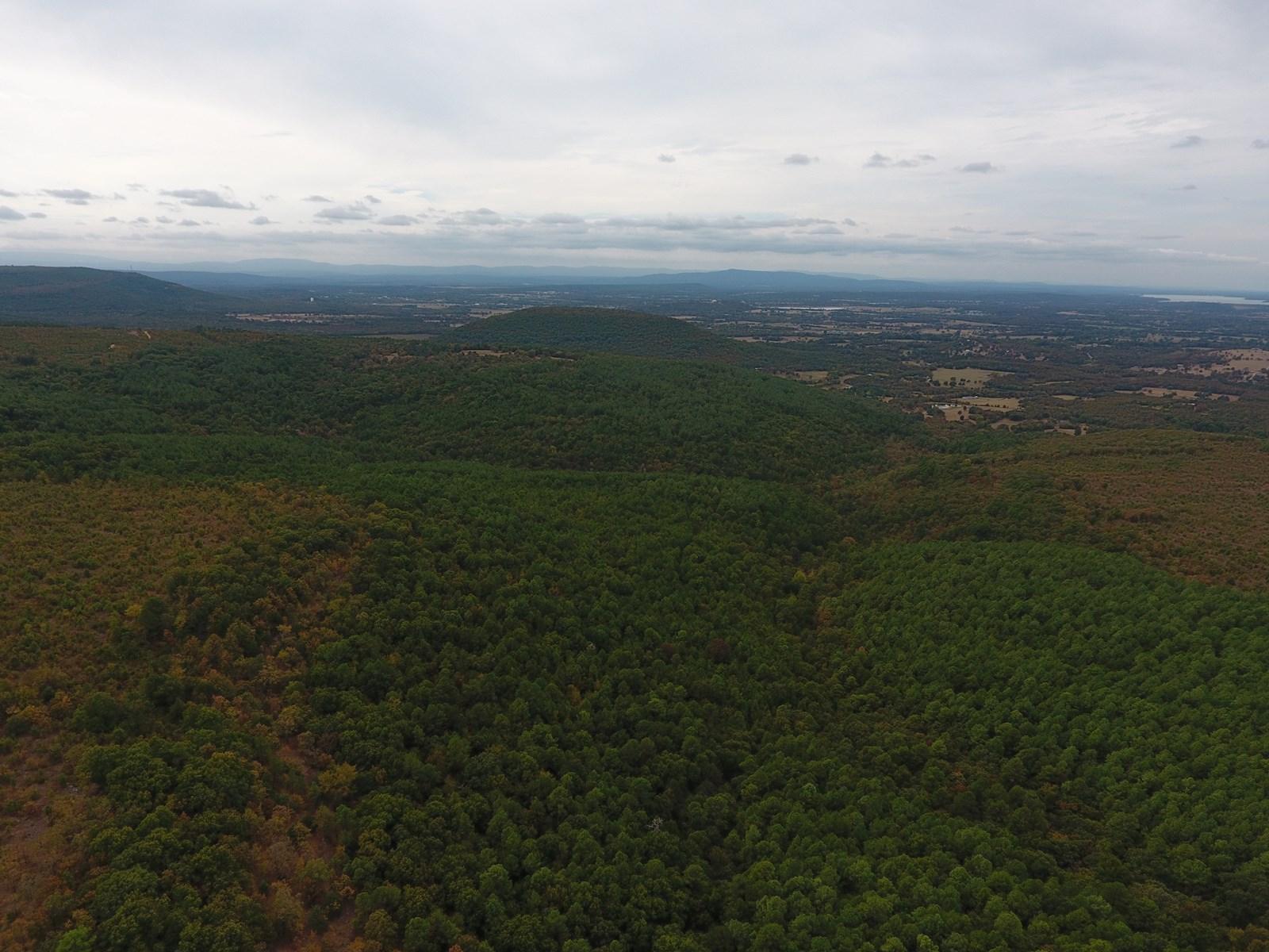 274 Acre Poteau Mountain Recreational Property