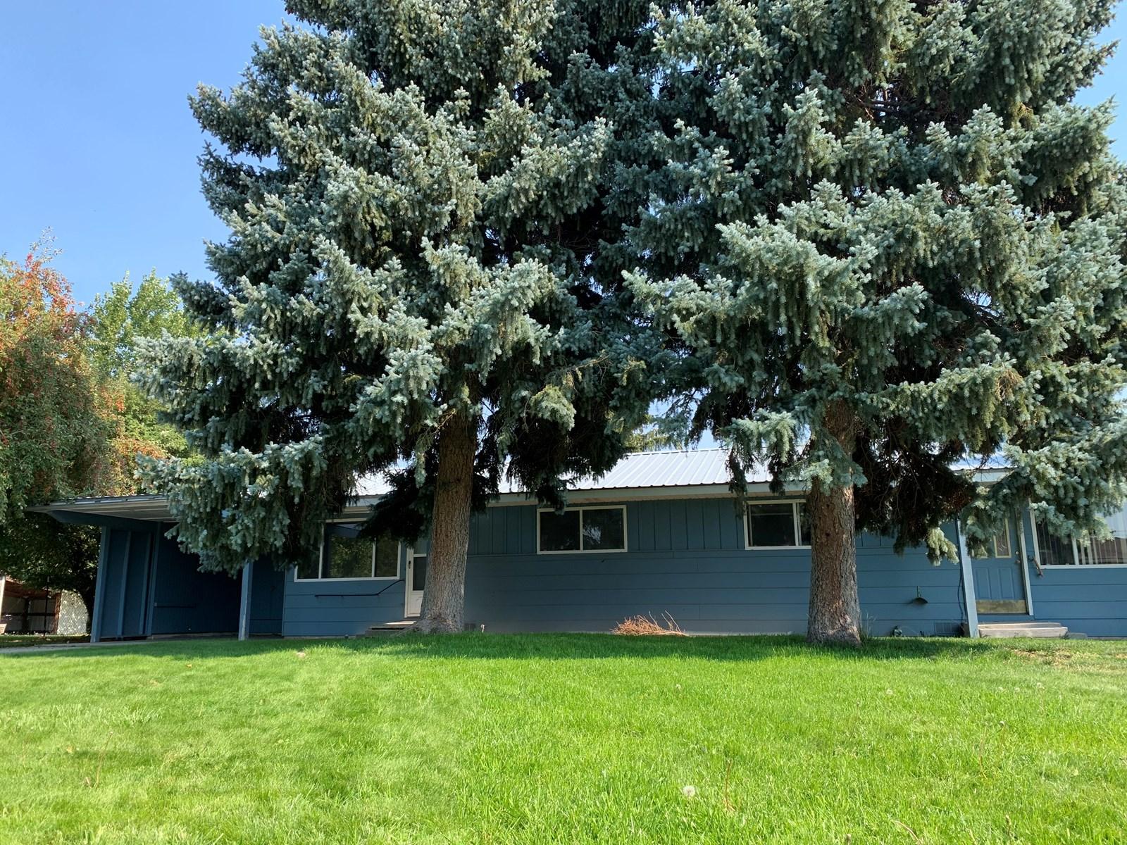 Well Kept Duplex in Burns Oregon