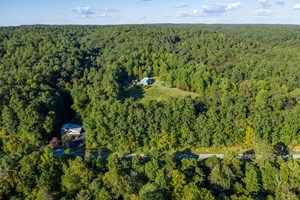 COUNTRY HOME WITH INVESTMENT PROPERTY FOR SALE IN TENNESSEE
