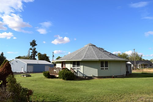 Home for Sale in Walla Walla with Large Shop