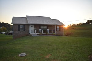 3 BR, 2 BA HOME IN EAST TN FOR SALE