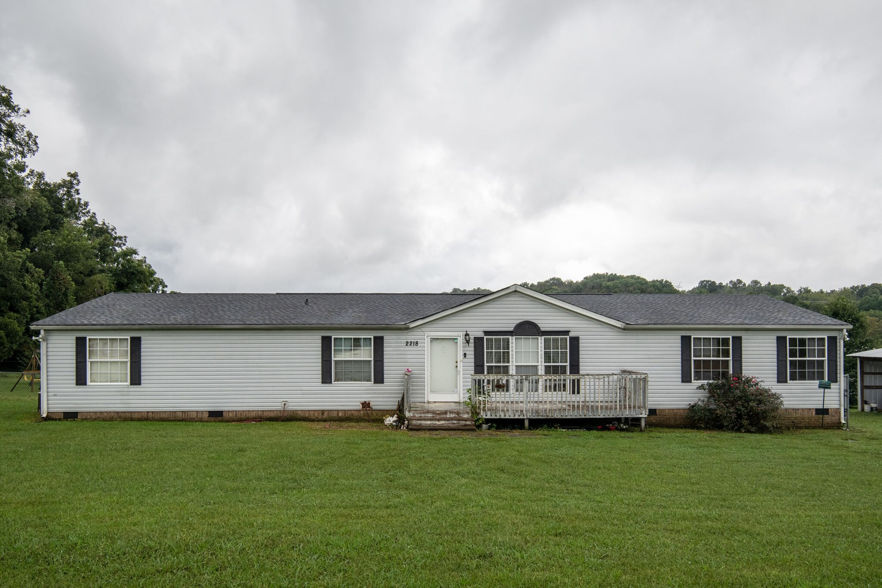 Country Home Minutes from Town, for Sale in Columbia, TN