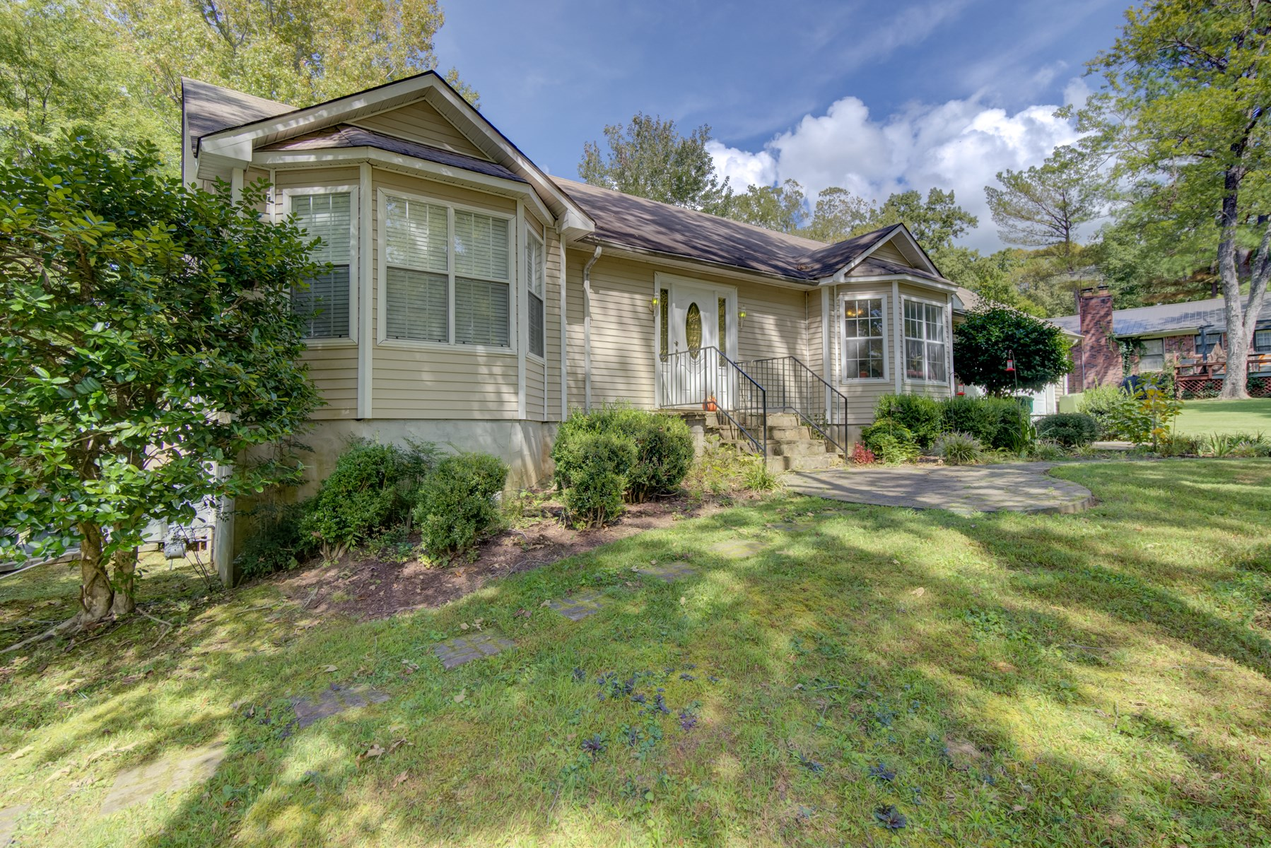 4 BR 3 BA in Jackson located south Jackson