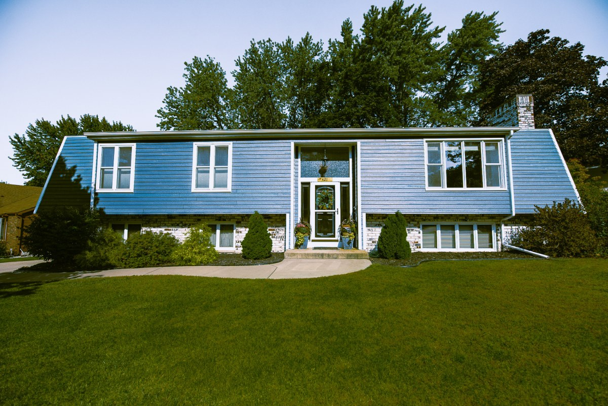 Fully Custom, Ranch-Style Home in Portage WI