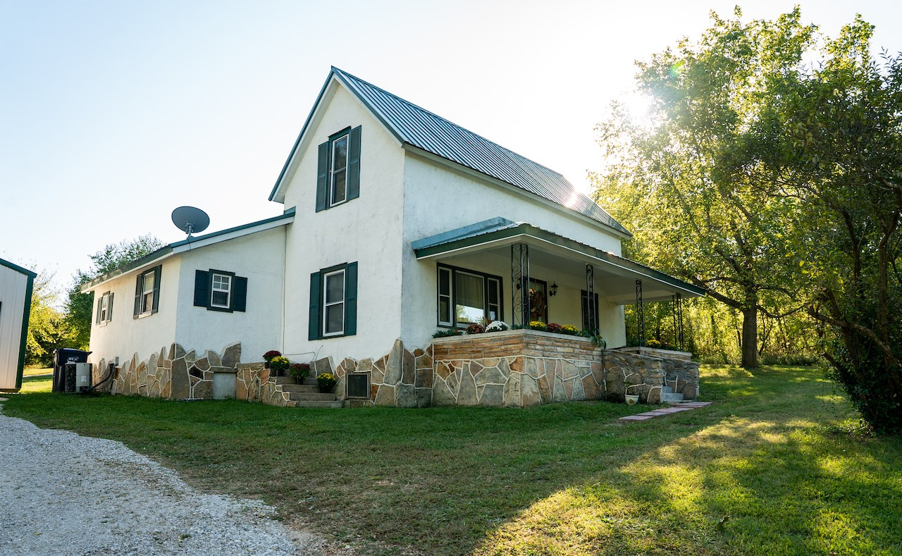 Southern Missouri Small Town Home for Sale