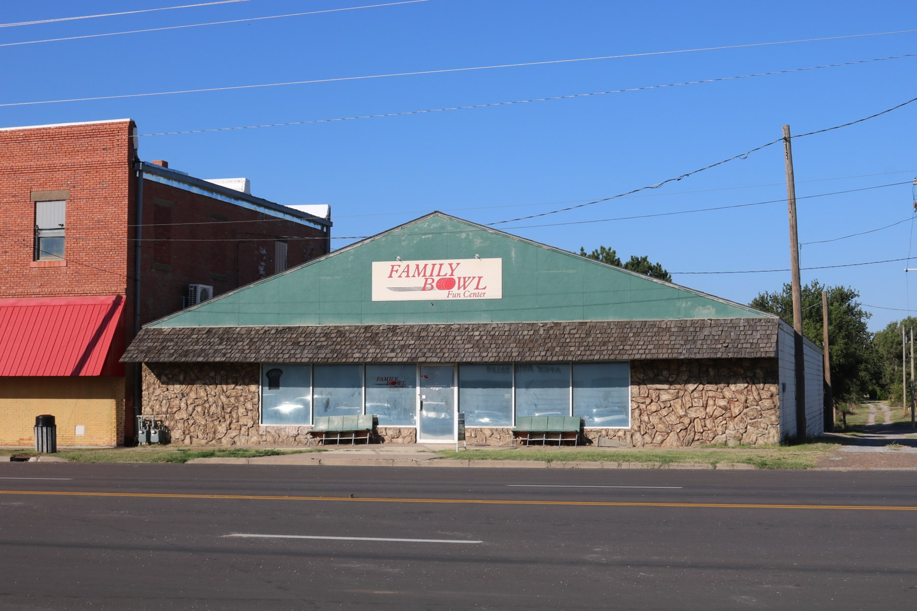 Commerical Building For Sale in Coldwater, Ks