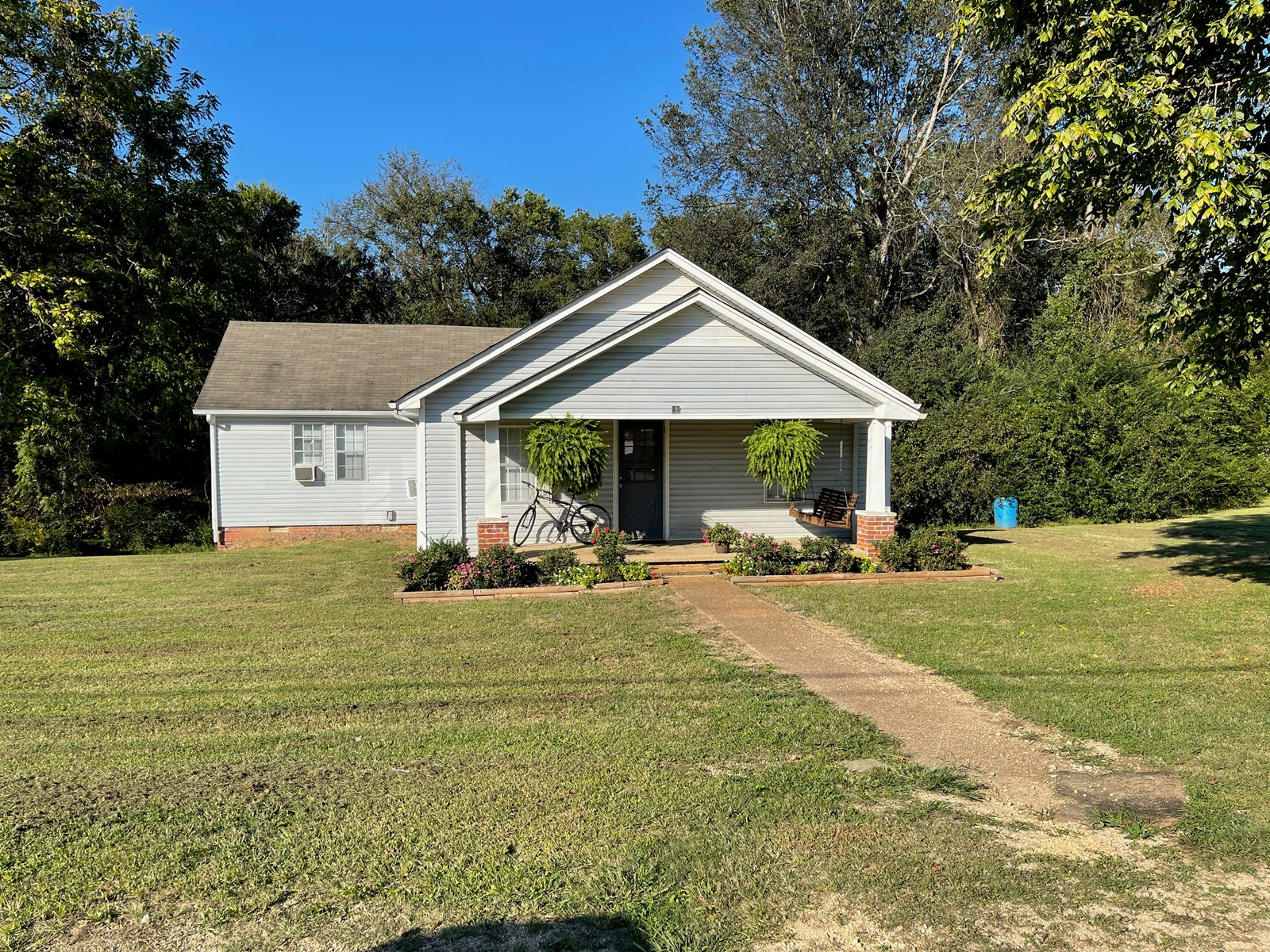 AFFORDABLE HOME FOR SALE IN HARDIN CO NEAR TN RIVER FISHING