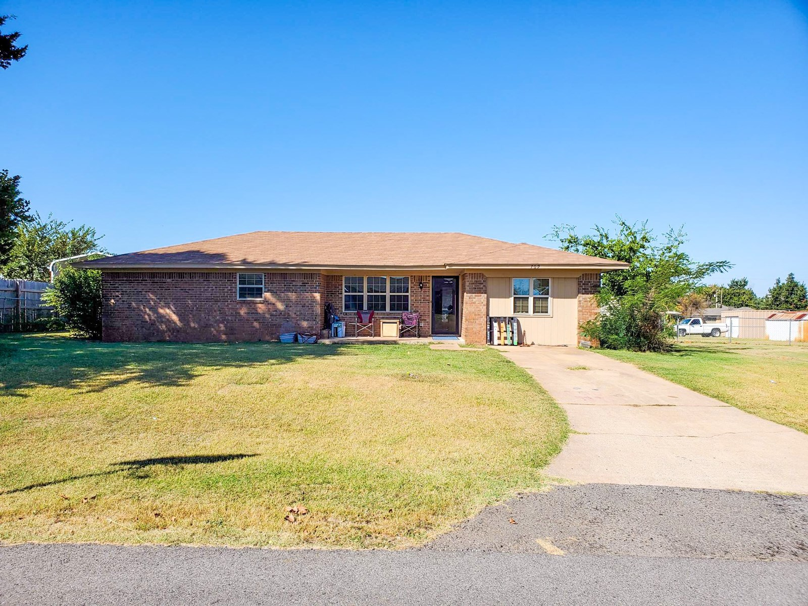 Caddo County Home for Sale in Apache, OK