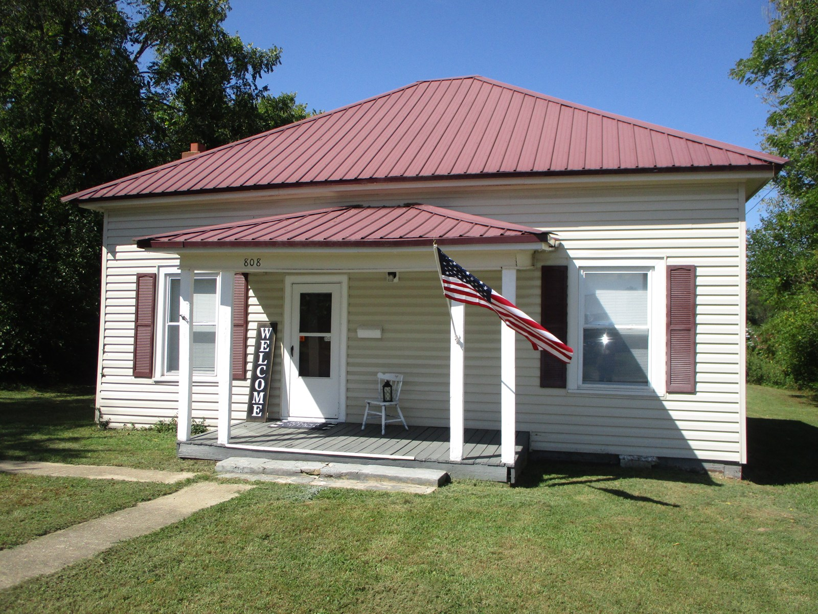 Recently updated 3 Bedroom, 1 Bath home on large lot.