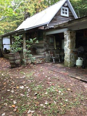SMALL, HISTORIC COTTAGE IN HAWKINS CO, TN FOR SALE