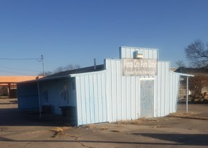 CAR WASH  & WATER DISPENSERY FOR SALE PONCA CITY OKLA.