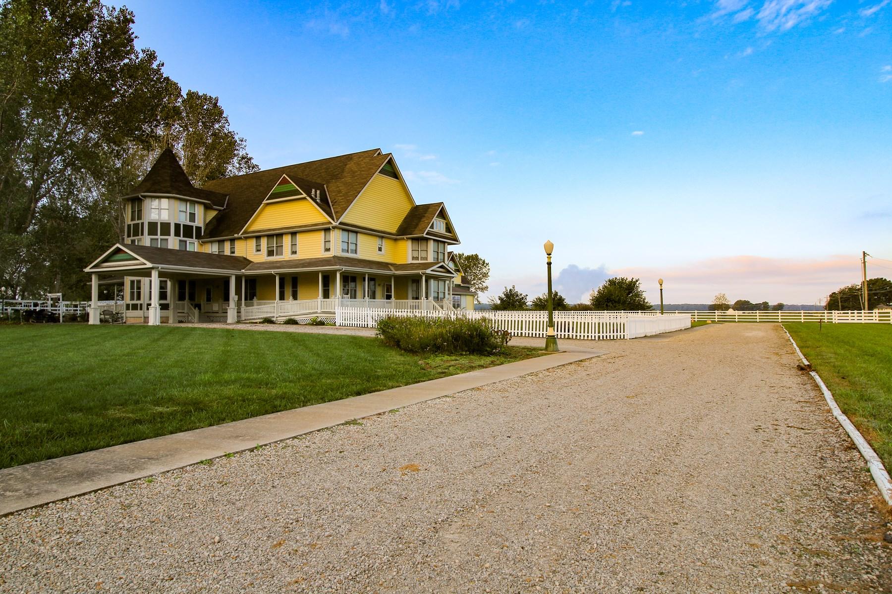 Bed & Breakfast in Lawrence, KS For Sale