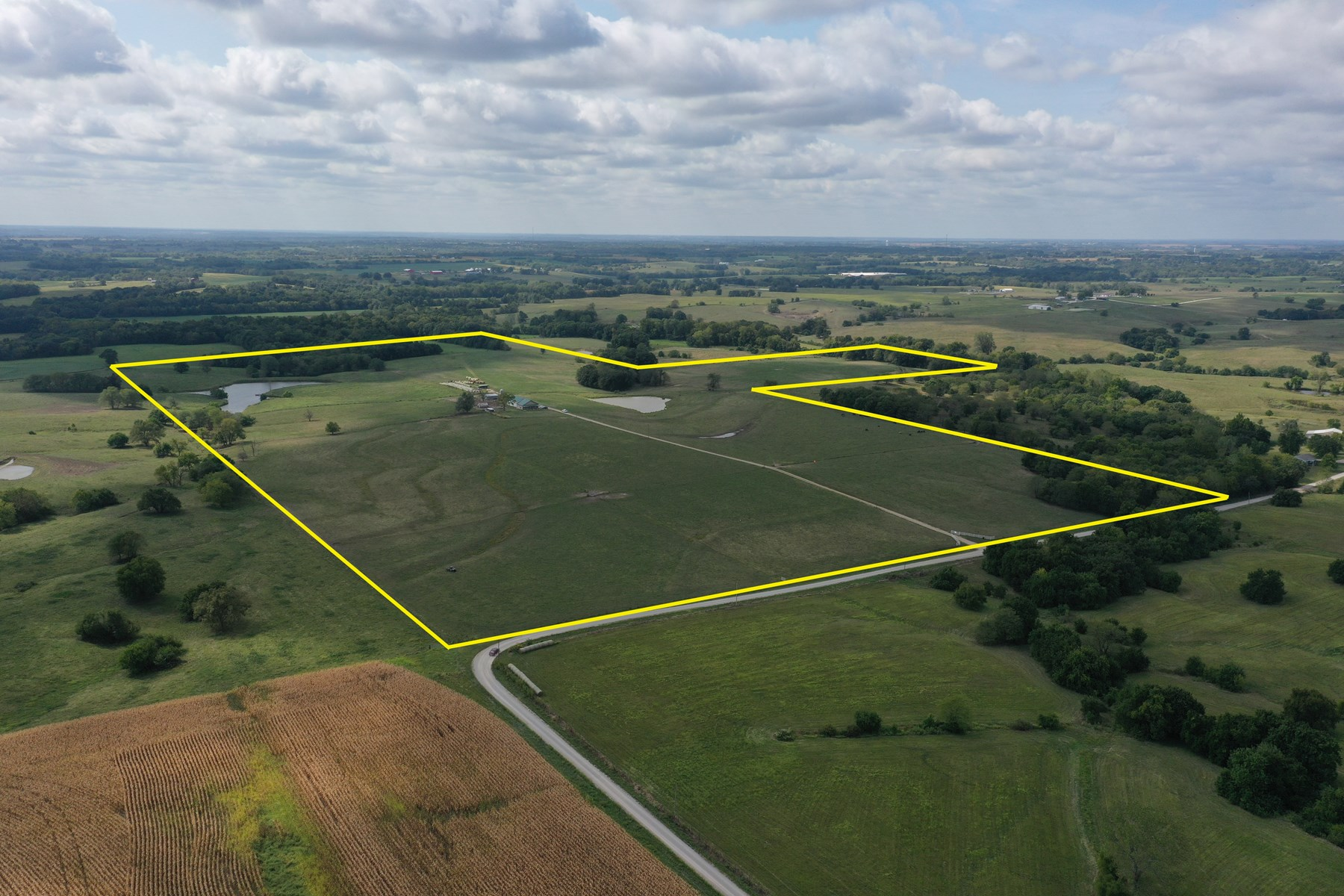 Missouri Cattle Ranch with Custom Built Home