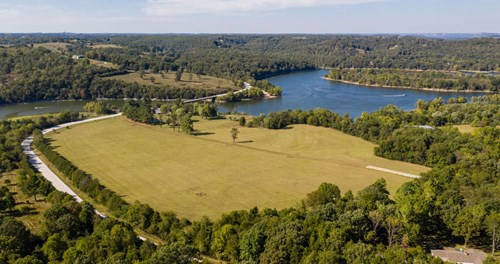 TABLE ROCK LAKE FRONT FOR SALE -22 AC