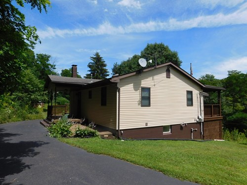 County/Mountain Home in Grantsville MD