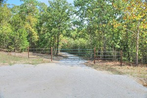 36 ACRE HUNTING, RECREATION, OR FARM PROPERTY IN TEXAS CO MO