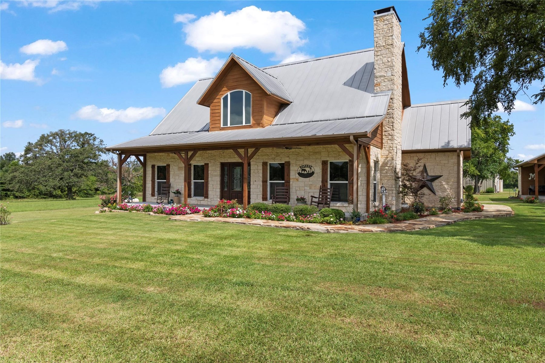 Custom Home on 15 acres!