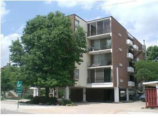 Beautiful Secured Apartment in downtown El Dorado For Sale