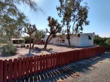 Salome, AZ Home For Sale on Huge Corner Lot!