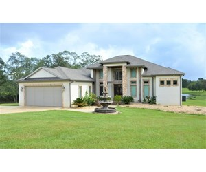 Executive Waterfront Home in Fernwood Country Club SW MS