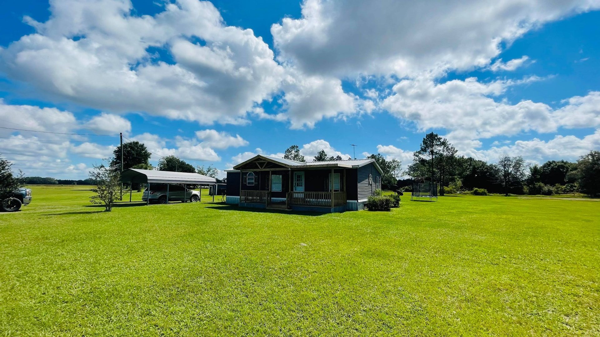 COUNTRY HOME IN CROSS CITY FLORIDA!