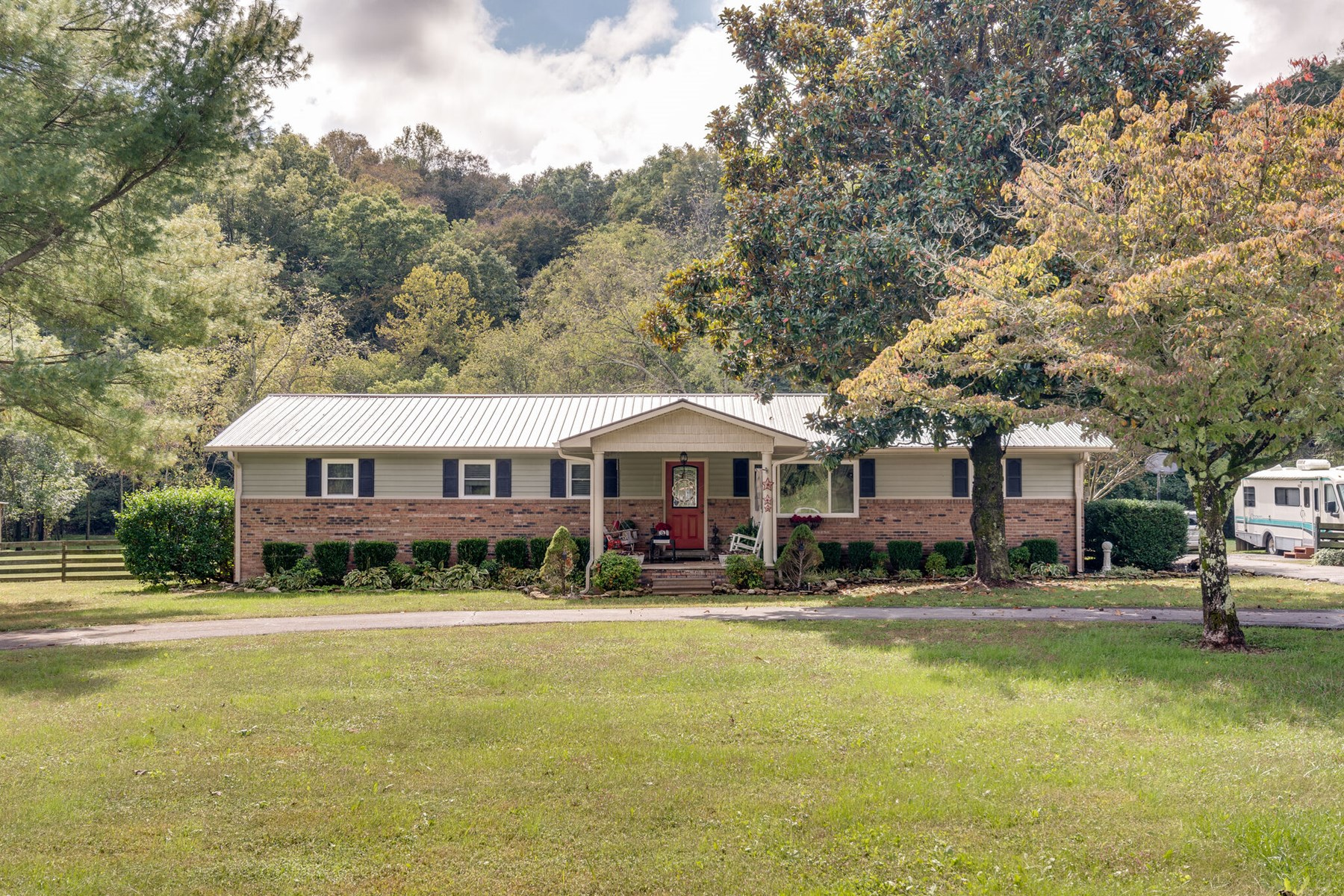 Country Home with Acreage for Sale in Ethridge, Tennessee
