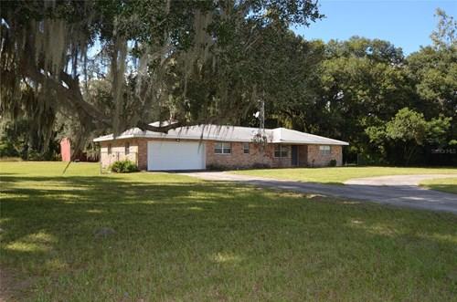 Arcadia, FL Home for sale! 3 BR 2 BA home on 2.57 acres!