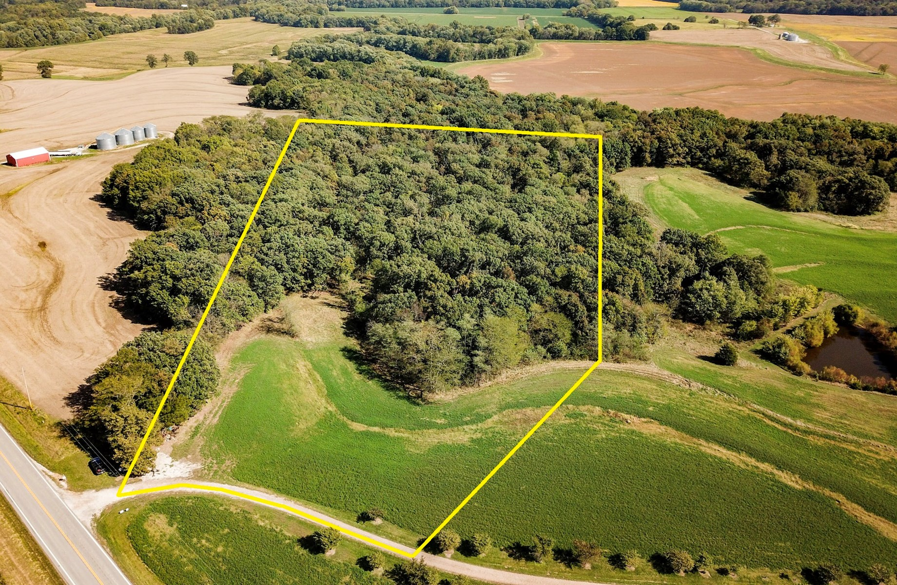 Desirable Cooper County tract of land